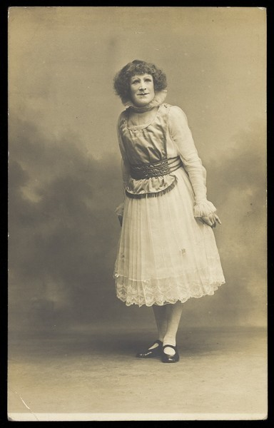 Download the full-sized image of An actor in pantomime drag. Photographic postcard by Hana Studios, 190-.