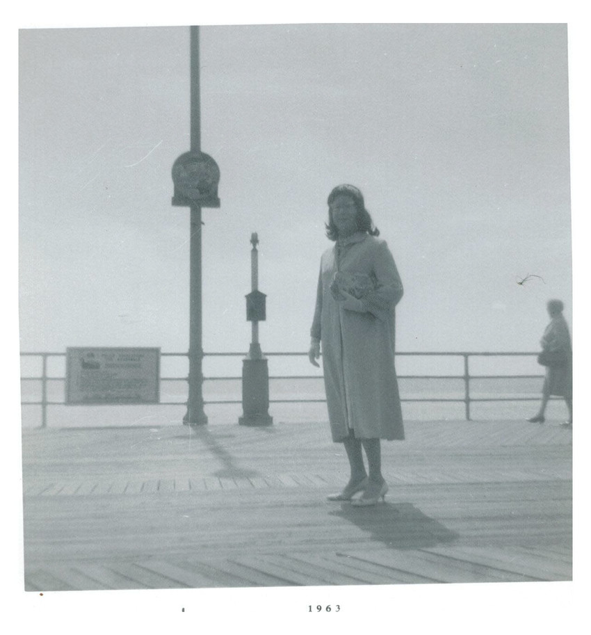 Download the full-sized image of Alison Laing on Pier